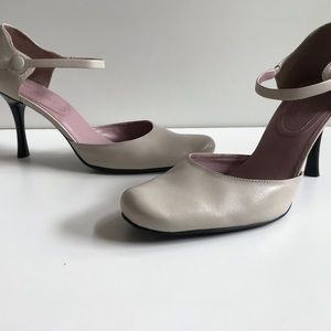 Nine West Heels in the style of Nwabish